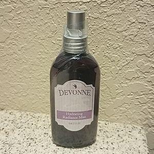 Devonne by Demi Hydrating Radiance mist